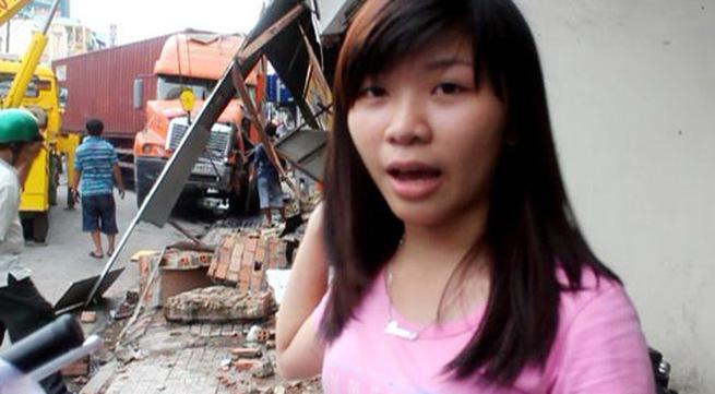 Người thoát chết kể lại thời điểm xe container ủi sập nhà