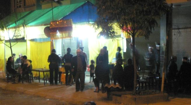 Thi thể 3 người chết trong nhà nghỉ ở Chí Linh được đưa về nhà làm tang lễ