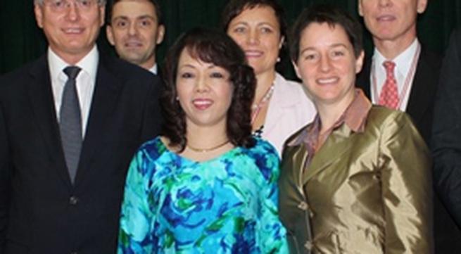 Bộ trưởng Nguyễn Thị Kim Tiến tiếp đoàn Bộ Y tế Cộng hòa Áo