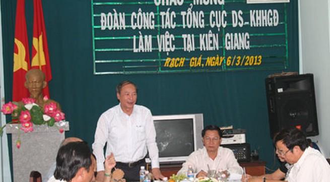 """Đoàn công tác của Tổng cục DS-KHHGĐ làm việc tại 3 tỉnh Tây Nam bộ: Cần phá vỡ """"lối mòn"""""""