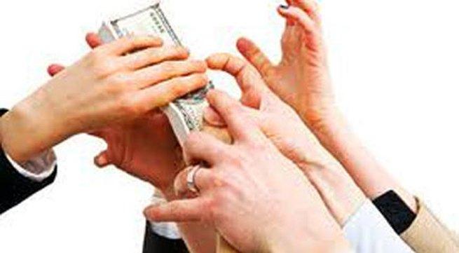 """""""Thâm cung bí sử"""" (51-2): Lạm dụng sức mạnh đồng tiền"""