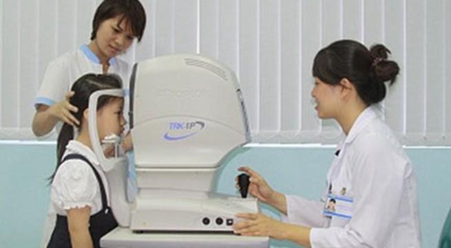 Phát hiện sớm tật khúc xạ ở trẻ