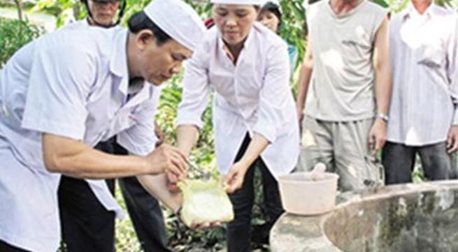 Tạo nguồn nước sạch sau mưa lũ