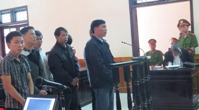 Vụ giết người tại Can Lộc (Hà Tĩnh): Dừng phiên xử để xác minh chứng cứ mới