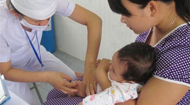 Tiêm vaccine sởi và rubella miễn phí cho trẻ 1-14 tuổi