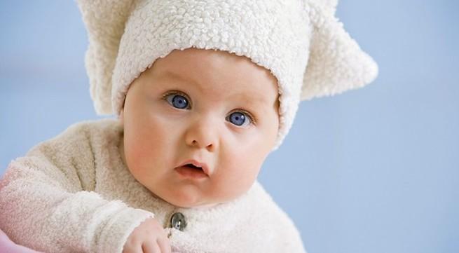 Những đồ dùng mẹ phải sắm cho bé vào ngày lạnh