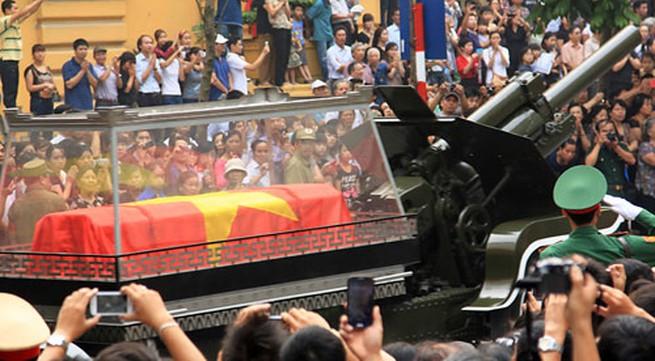 Lễ tang Đại tướng trên báo nước ngoài