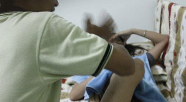 """Hệ lụy massage """"đến Z"""" của những quý bà chịu chơi"""