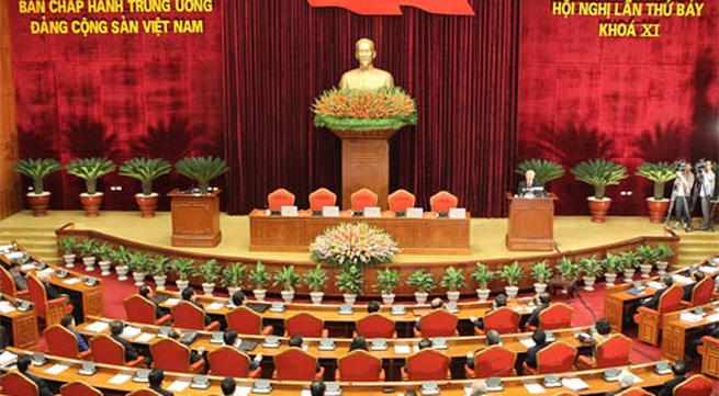 Bầu bổ sung hai ủy viên Bộ Chính trị