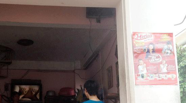 Chiếu 'phim đen' trong quán cà phê gần trường học