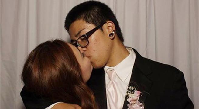 """Lộ ảnh """"bé"""" Xuân Mai hôn bạn trai Việt kiều"""