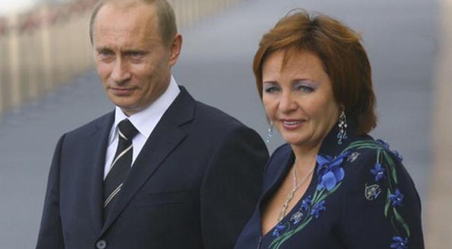 Những hình ảnh hiếm hoi về phu nhân kín tiếng của ông Putin
