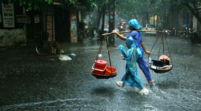 Miền Bắc mưa giông 3 ngày đầu tuần, đề phòng lũ quét