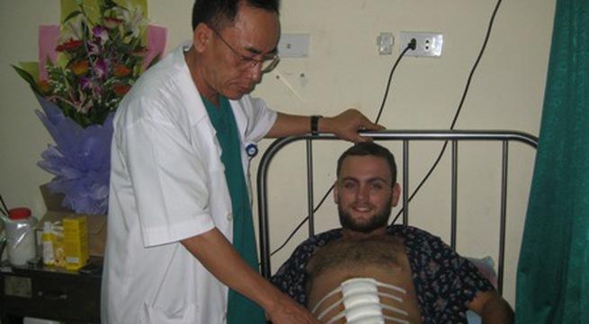 Bệnh nhân nước ngoài viết thư cám ơn bác sĩ