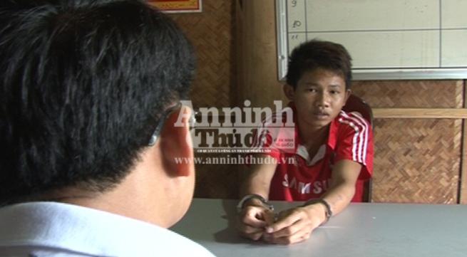 """Gã choai bị bắt vì chơi trò """"người lớn"""" với bé gái 7 tuổi"""