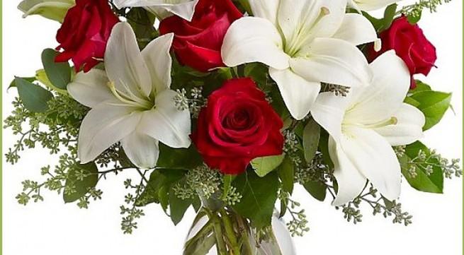 5 cách cắm hoa ly để bàn tuyệt đẹp