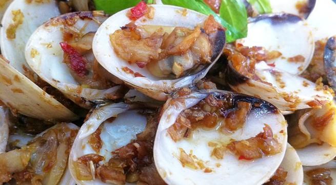 Khám phá hải sản kiểu ngư dân Bình Ba tại Hà Nội