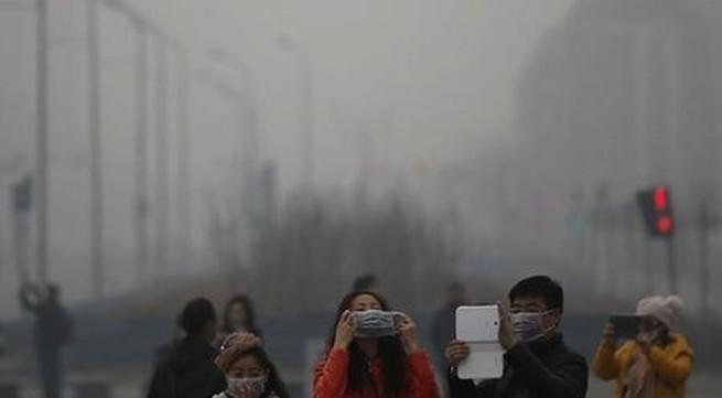 Vợ chồng ly dị vì... không khí ô nhiễm