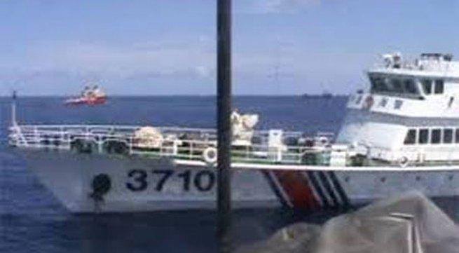 Tàu Trung Quốc áp sát, trực thăng ghi hình hoạt động của tàu Việt Nam