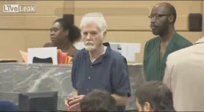 Chó cắn chết mèo, ông lão 82 tuổi phải ngồi tù 2 năm