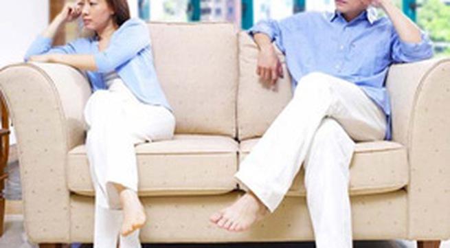 Vì con, nên hay không nên ly hôn?