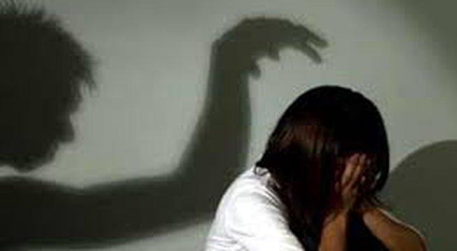 Người phụ nữ bị hiếp dâm trong nghĩa địa