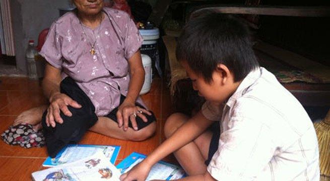 Xóm nghèo với ước mơ sách bút