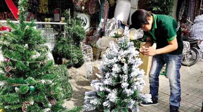 Thị trường Noel trầm lắng