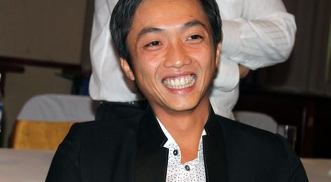 Chồng Hà Hồ nhận lương 3 triệu đồng