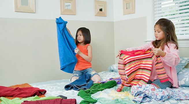 Kết quả hình ảnh cho bé làm việc nhà
