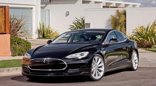 Top 10 xe sang tiết kiệm xăng nhất
