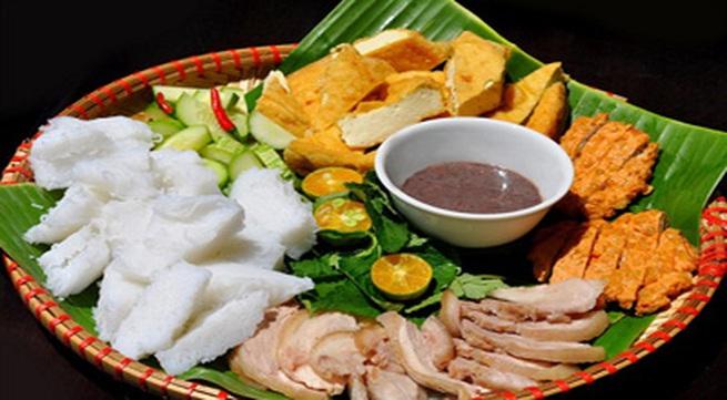 Bún đậu mắm tôm nở rộ tại Sài Gòn