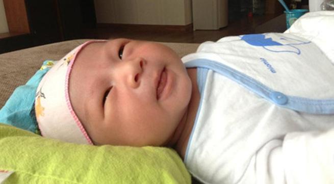 """Mỹ Dzung sinh con trai đầu lòng đúng vào ngày """"khủng bố"""""""