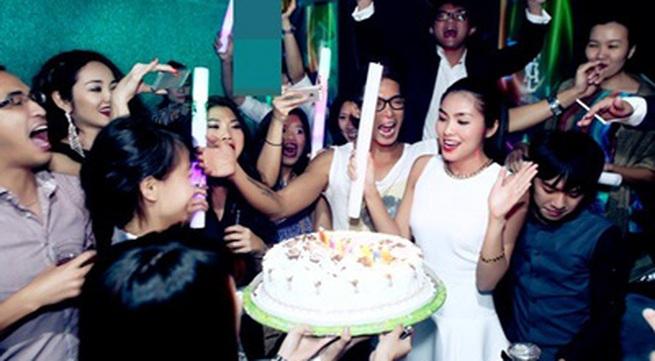 Hà Tăng đón sinh nhật đầu tiên bên chồng