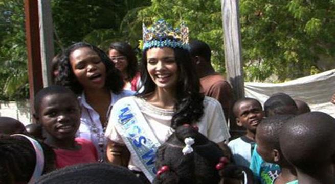 Hoa hậu thế giới 2013 bị tai nạn sập nhà ở Haiti