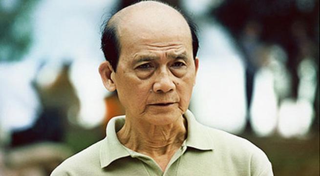 NSƯT Phạm Bằng: 'Cảnh ôm ấp gái trẻ, tôi làm được'