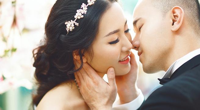 Hé lộ ảnh cưới tuyệt đẹp của Á hậu Thùy Trang