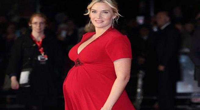 """Nữ diễn viên chính """"Titanic"""" sinh con thứ ba"""