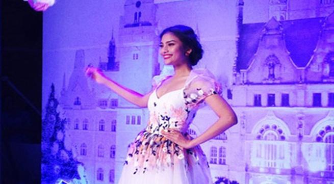 Trương Thị May bất ngờ tái xuất sàn diễn quyến rũ và xinh đẹp