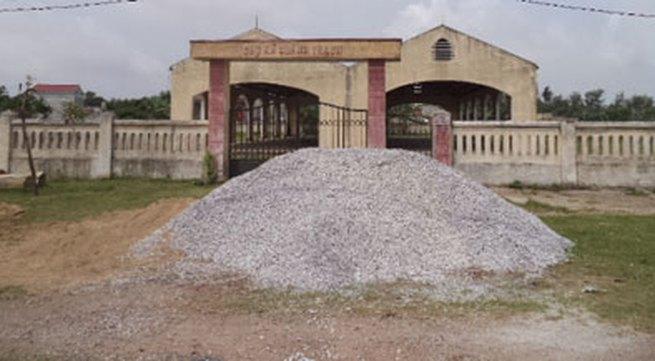 Hàng loạt chợ tiền tỷ xây rồi bỏ hoang