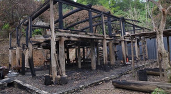 Khổ chủ ngôi  nhà Lang trăm tuổi bị đốt cháy ở Hòa Bình gửi thư kêu cứu