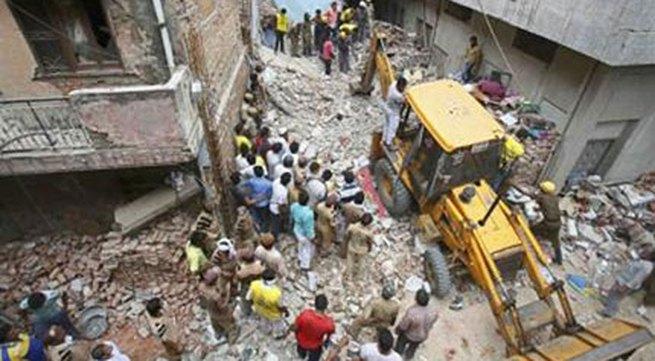 Sập nhà ở Ấn Độ, 10 người thiệt mạng
