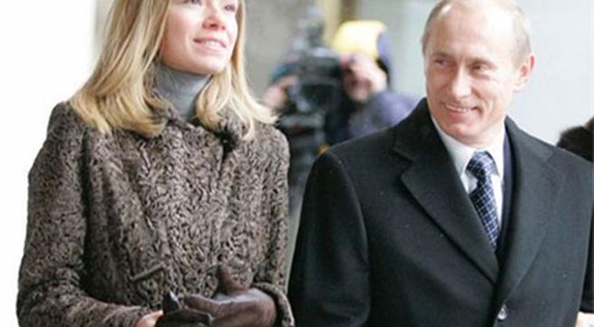 Con gái Putin rời Hà Lan vì sức ép vụ máy bay rơi?