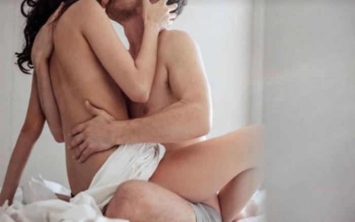 """6 mẫu đàn ông dễ bị đàn bà giăng bẫy tình kể cả khi đã có gia đình, một khi sập bẫy là bị """"vắt kiệt"""""""
