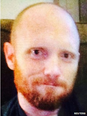 Nghi phạm được xác định là Bradley William Stone, 35 tuổi. Ảnh: Reuters