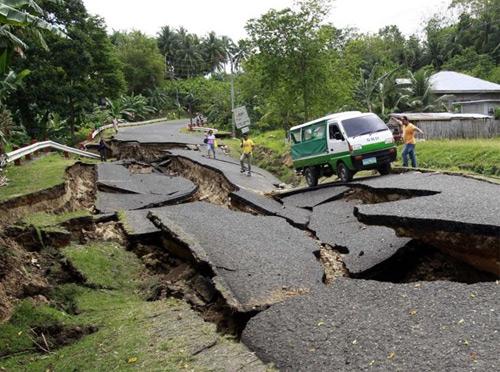 Nếu động đất xảy ra, nơi nào càng trống trải càng an toàn.
