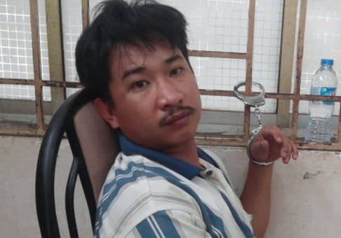 Đối tượng Nguyễn Tấn Sĩ tại cơ quan công an