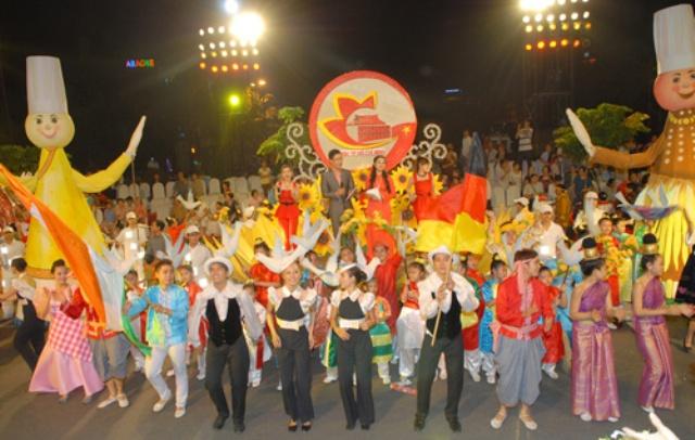 TPHCM sẽ có nhiều hoạt động lễ hội vào cuối năm để thu hút du khách