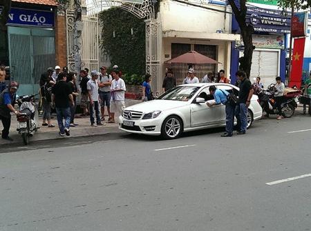 Bức ảnh được cho là hiện trường vụ tai nạn xe hơi của siêu mẫu Thanh Hằng