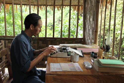 Nhà tiên tri, Bùi Bài Bình, phim về Bác Hồ